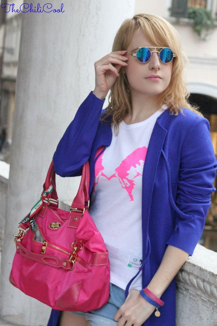 MEZZO BUSTO TEE SJF SJF Company, quando un outfit è molto più di abbinamenti e colori