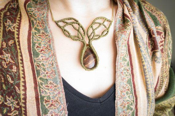 Collar árbol, collar de yoga ramas de arbol, collar de macramé rústico verde, collar elfo con ramas de árbol, collar chakra raices