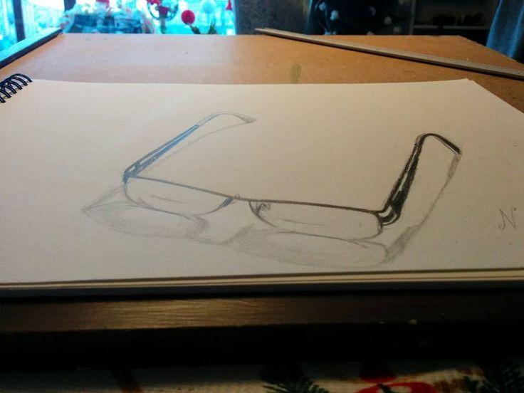 Bril op tafel