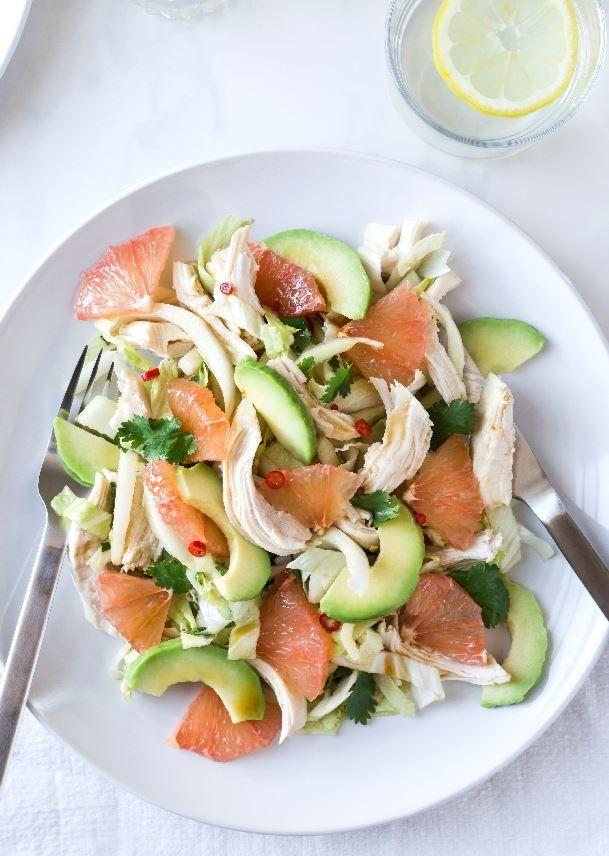 Salade hivernale d'avocat et de pamplemousse
