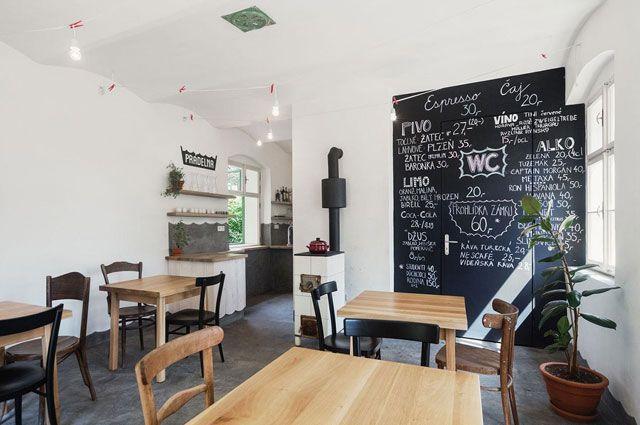 Café Pradelna in Valec