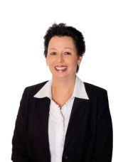 Rosanne Davis, Salesperson