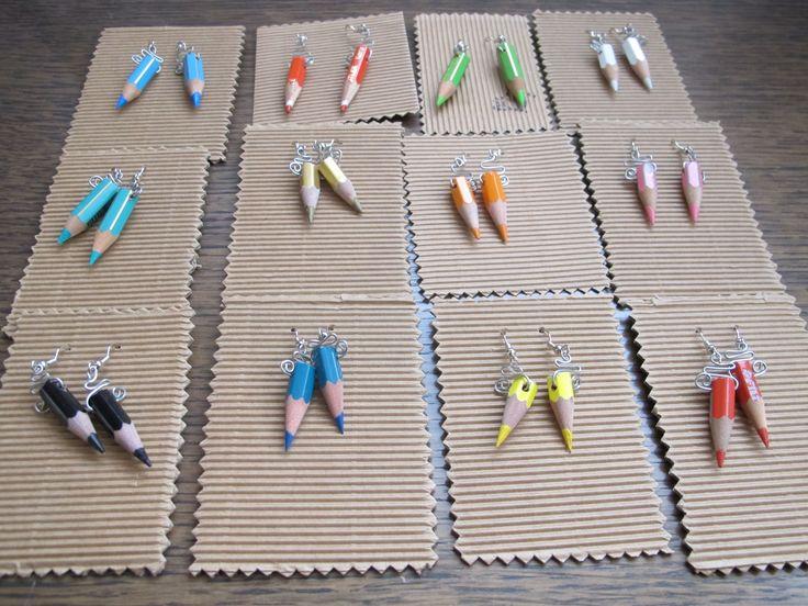 orecchini a pendaglio con matite colorate : Orecchini di tatiana-marchesini