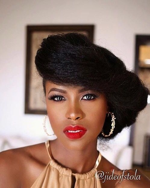 Stretched hair. Hairstyles for Afro -textured hair. Natural hairstyles. Afro hair. Natural hair.