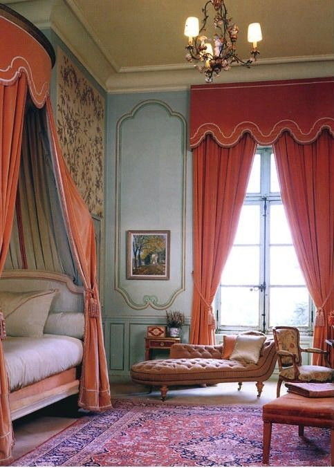 coral and blue: Color Combos, Blue Wall, Coral Curtains, Blue Bedrooms, Color Combinations, Window Treatments, Timothy Corrigan, House, French Style