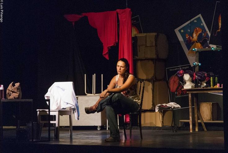 """Rebeca Díaz , protagonista """"Maldito Disney"""" Teatro La Troupe, Portal Ñuñoa ,Santiago Chile"""