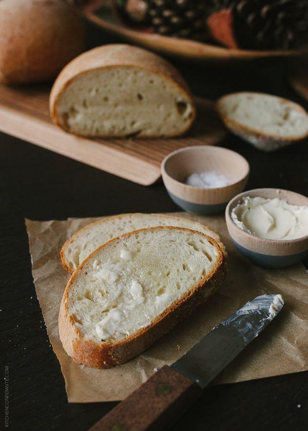 No Knead Buttermilk Bread + The New Artisan Bread in Five Minutes a Day | www.kitchenconfidante.com