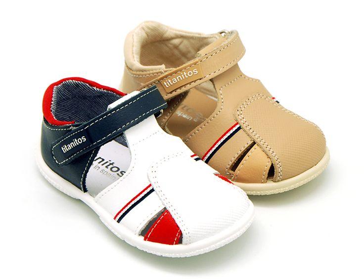 Tienda de Sandalias de piel combinada velcro para niños. Disponemos de la mayor oferta del mercado de sandalias de piel lavable para niños hecho en España. Envíos Gratis en 24,48 horas laborables.