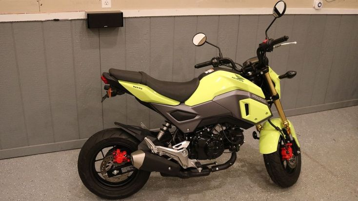 2017 Honda Grom 2017 Honda Grom Motorcycle 125CC Bright Yellow Clean One Owner!