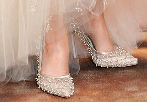 Image: Shoes worn by a red carpet star (© Kevork Djansezian/NBC via Getty Images)