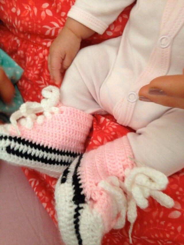 Zapaticos de bebe para misobrina nieta Elisa