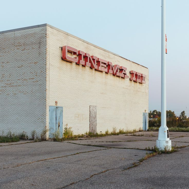 Places To Visit In Pontiac Michigan: 22 Best Dead Malls Images On Pinterest