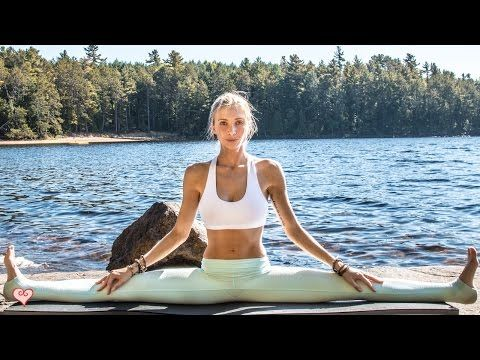 Yin Yoga fusion: Stretch at the beach, even if you're really in the middle of snowy winter. Relaxing, shorter 25-min practice with Boho Beautiful.