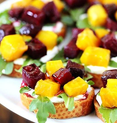 Roasted beet, arugula, goat cheese & honey toast #herestoyourhealth