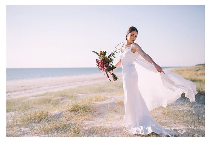 Calèche Willow Wedding Dress photographed by the talented Katherine Schulz Photography.