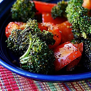 Eat Clean: Spicy Roasted broccoli and red peppers *leave out chili powder for non-spicy version*