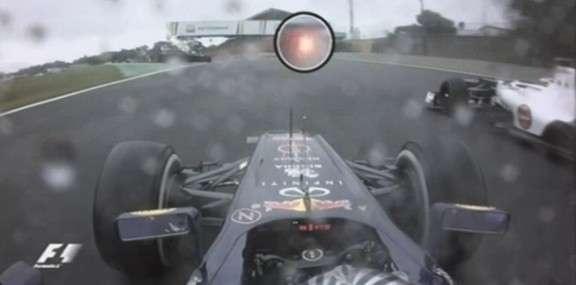 Fine del Mondiale di Formula 1 con polemiche. Ferrari presenterà ricorso alla FIA contro Red Bull per il sorpasso con bandiera gialla di Vettel su Vergne? http://www.nuvolari.tv/formula-1/formula-1-ricorso-ferrari
