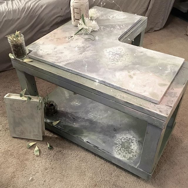 Diy Shabby Chic Coffee Table: 25+ Best Ideas About Distressed End Tables On Pinterest