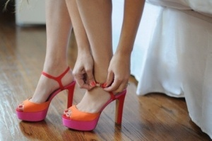 all that seXy: Shoes, Orange, Candy Colors, Fashion, Color Blocking, Colorblock, Pink, Heels, Closet