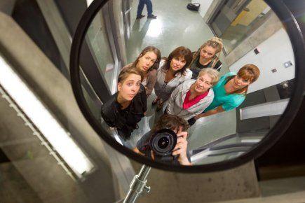 Unité 9: sept femmes en prison