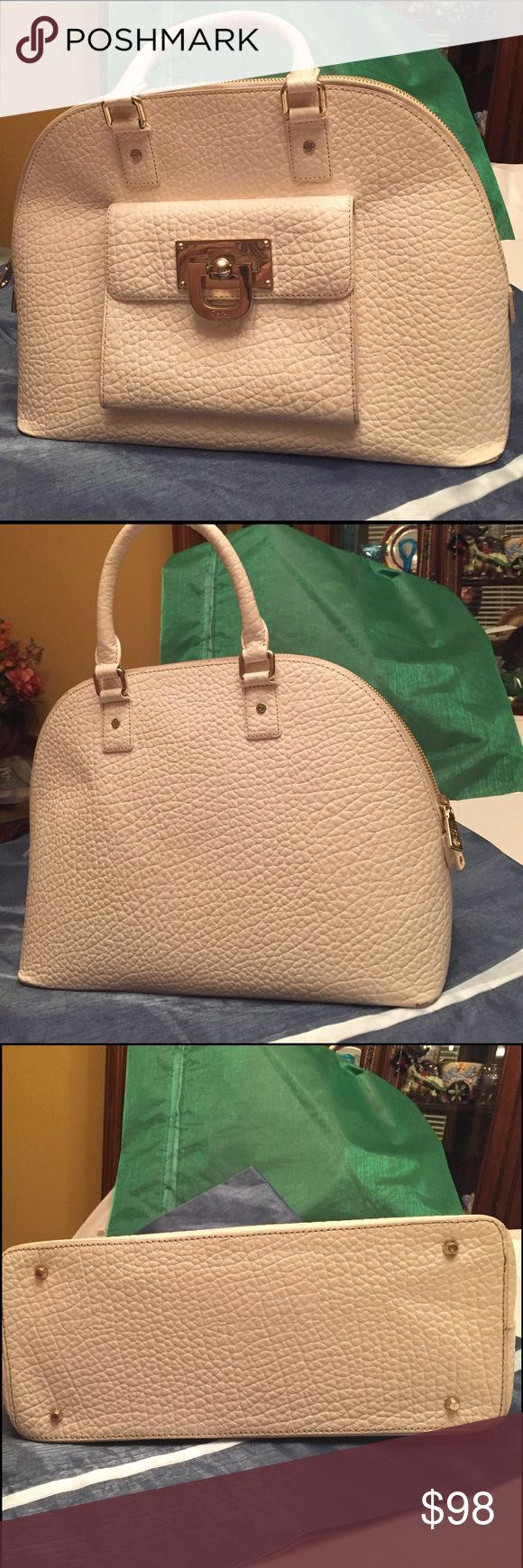 DKNY HANDBAG White pebbled leather bag with gold tone accessories. Minimal wear on handles and corners (see photos)  In overall excellent condition. DKNY Bags Totes