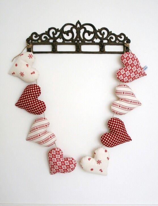 Heart Garland - £20.00
