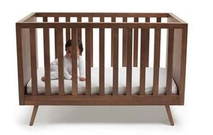 Ubabub Nifty Timber Crib in Walnut | My Urban Child -