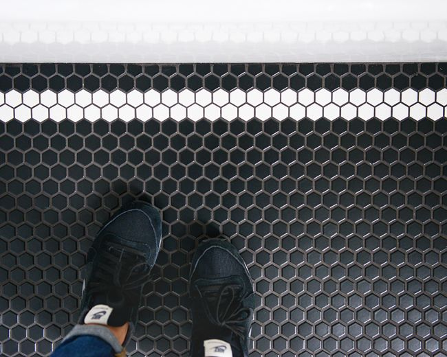 Classic Hex for the Bathroom Floor | Yellow Brick Home | Bloglovin'