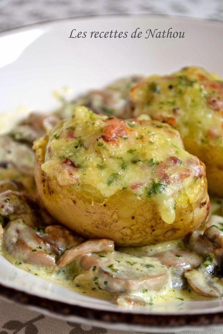 Les recettes de Nathou: Pommes de terre farcies au lard et Reblochon, champignons à la crème