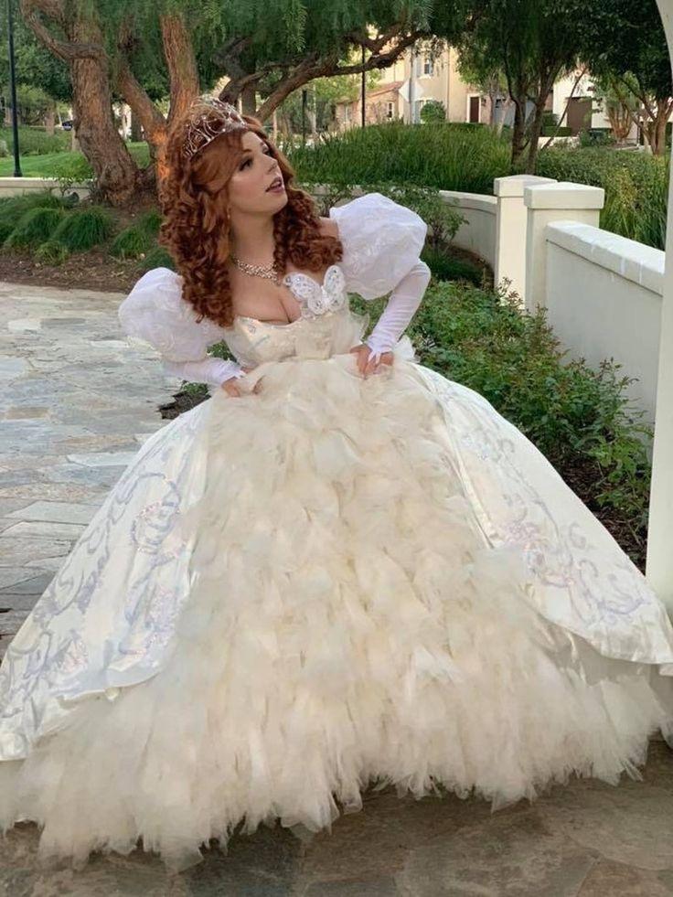 Giselle Wedding Dress Enchanted film Disney character