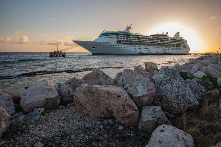 #GrandeuroftheSeas #RCI #RoyalCaribbean #Grandeur #Kreuzfahrtberater #Kreuzfahrt #Kreuzfahrtschiff #cruise #Urlaub #Schiff #Reise #travel #vacation #sunset