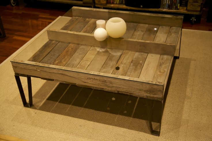 Auxiliar table made with recycled pallet mesa auxiliar - Mesa de palets bricolaje ...