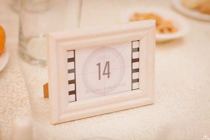 Movie Themed Table Number Photo by www.photochic.ro