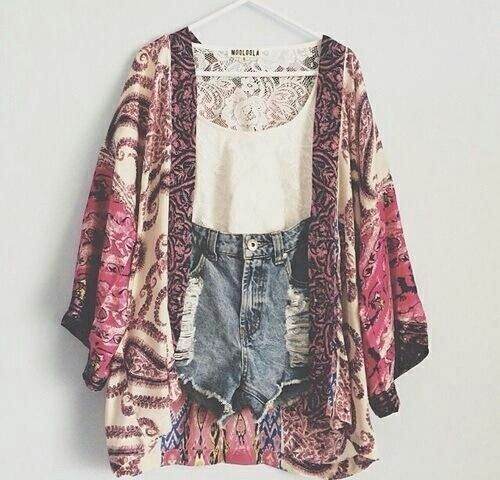 Love this cardigan ~ pretty sure I've already pinned this somewhere