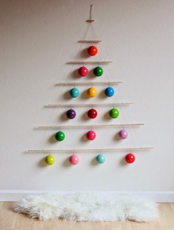mommo design: 6 XMAS DIY DECORS FOR KIDS - wall hanging ornaments tree