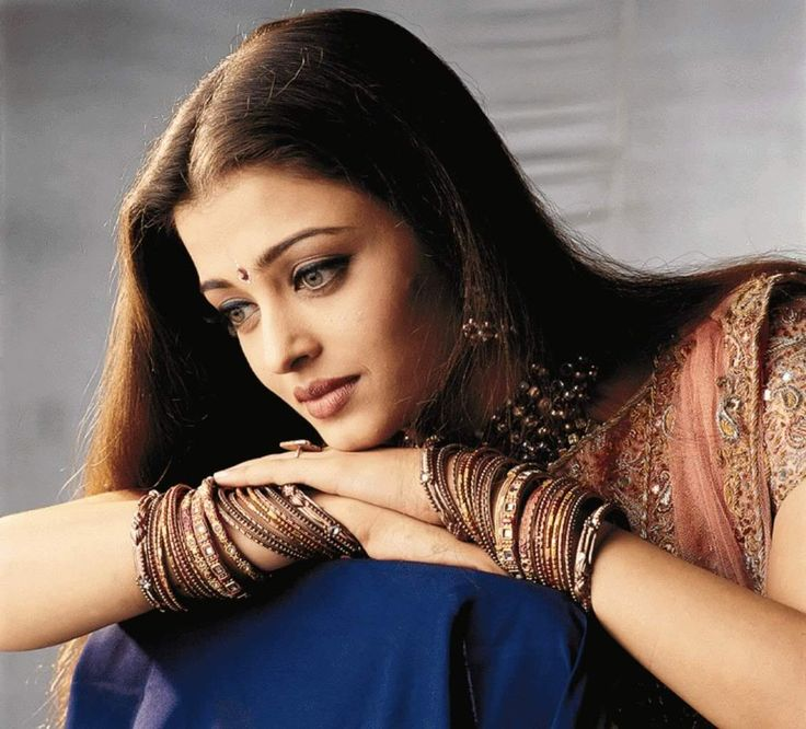 118 best prettiness forever images on pinterest india aishwarya rais portraits from the sets of hum dil de chuke sanam voltagebd Image collections