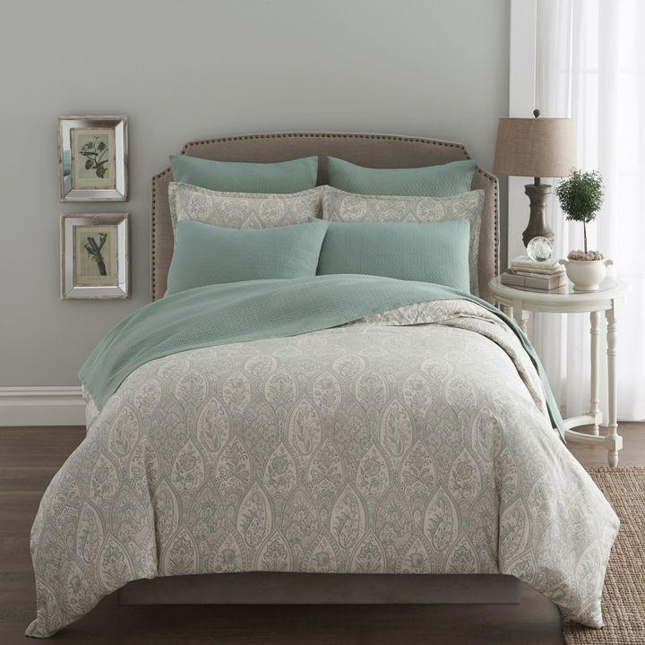 85 best bedroom decor images on pinterest bedroom ideas for Silk sheets queen bed bath beyond