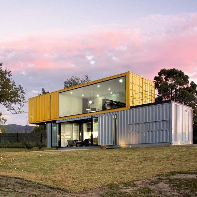 s + diseño re-uses shipping containers a residential project in mexico of stack…