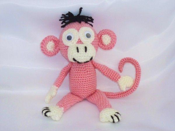 Dieses zuckersüße Affenmädchen namens Rosali wartet auf dich. Hoe dir jetzt hier die Anleitung und fertige dir dieses rosa Äffchen selbst an. Größe:  Sie ist bei angegebener Nadelstärke von Kopf bis Fuß ca. 27 cm. Verwendete Maschen:  Luftmaschen,