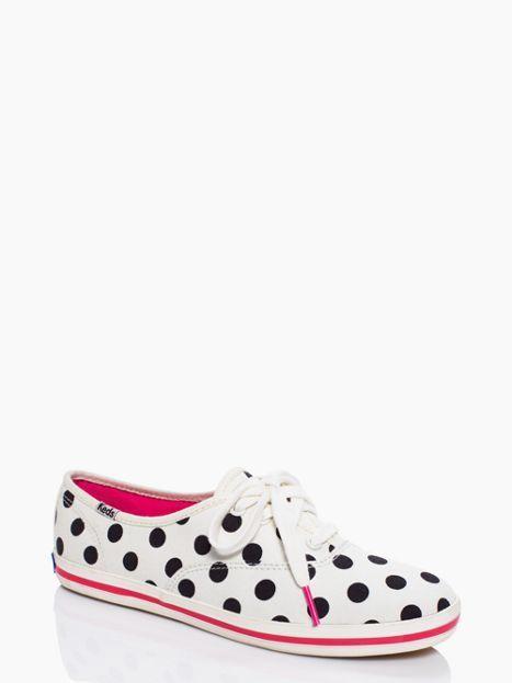 ¡Tu regreso a clases será mucho más divertido con estos Sneakers de Kate Spade & Keds! (Vía Kate Spade).