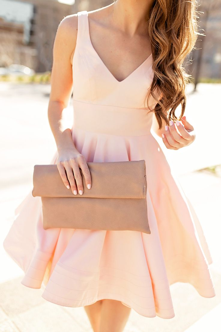 pink flounce cocktail dress | how to style a cocktail dress | cocktail dress style tips | summer fashion | styling for summer | summer style | summer dresses | date night fashion || a lonestar state of southern