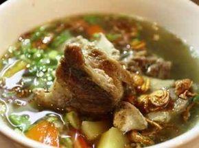 Sop Buntut Sapi - Baca cara membuat atau masak memasak bumbu masakan sup resep sop buntut sapi goreng bakar ala hotel borobudur yang paling enak, spesial dan sederhana disini.
