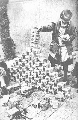 Reasons for Hyperinflation in Germany in 1923
