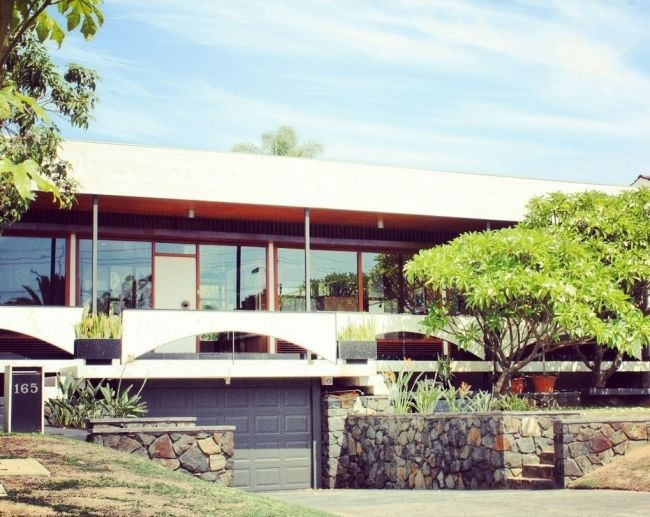 My favourite house is for sale!  House By Iwan Iwanoff | House Nerd