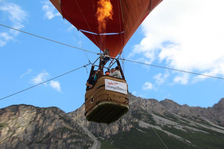 #valdidentromountainfeast #VMF #Valdidentro #aldidelabronza #mountain #viaggioinmongolfiera   PH. Loris Galli