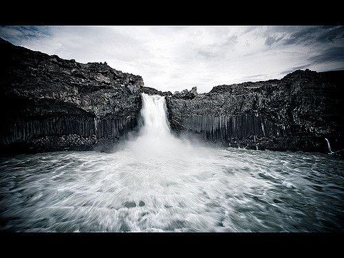 Aldeyjarfoss Oskar Pall Elfarsson | waterfall | photography