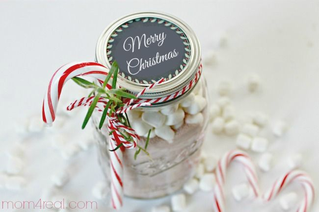 Homemade Hot Cocoa Recipe with Printable Chalkboard Labels via @Mom4Real