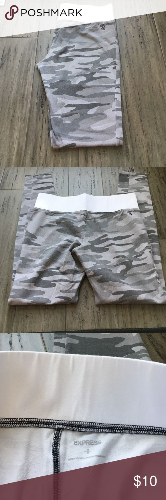 Express Grey Camo Yoga Pant Express Yoga Pant in Grey Camo. They've been washed a few times and are a little bit faded. Express Pants Leggings