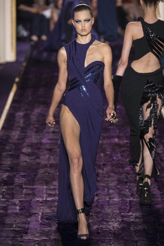 Atelier Versace Fall Winter 2014-2015 Following with the long floor length dresses and thigh high cuts