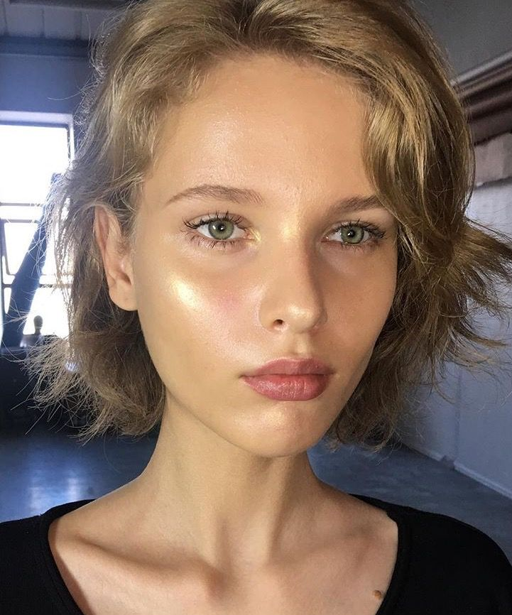 Dewy / Highlighted / Glowy / Fresh Skin / Natural Makeup